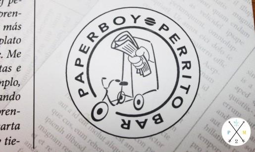 Este es su sello, inspirado en el triciclo de la entrada.